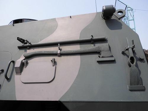Armored car6