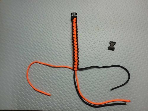 parachute-cord74