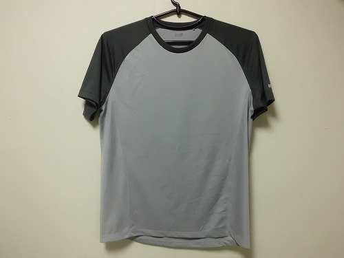 uniqlo  T-shirt1