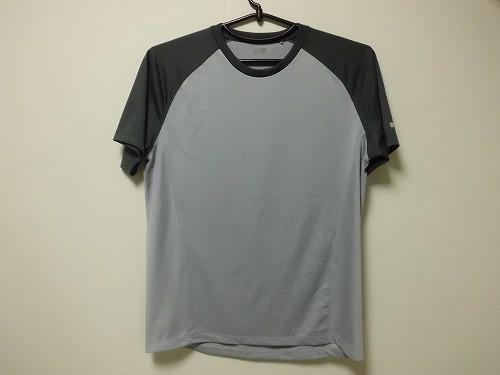 uniqlo  T-shirt1